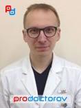 Предельный возраст работы врачом